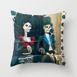 Wedding skeletons Throw Pillow