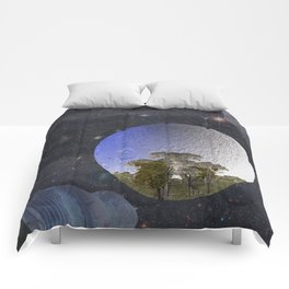 'Faint indeterminate glimpses... Comforters