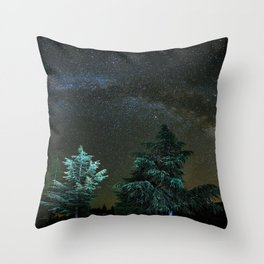 Milkyway at the mountains II Throw Pillow