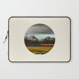 Iceland Landscape Grass Orange Sand & Grey Mountains Round Frame Photo Laptop Sleeve