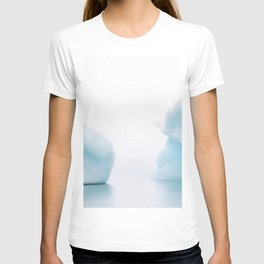 Moody Iceberg Duet in Iceland's Glacier Lagoon in Fog – Landscape Photography T-shirt