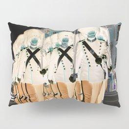 Queens guard Pillow Sham