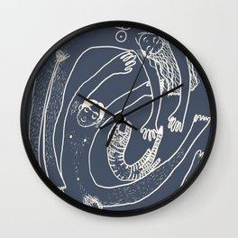 Familienwirbel dark Wall Clock