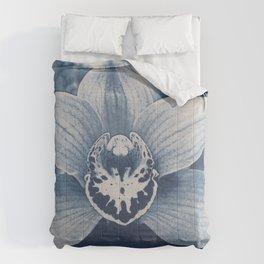 Iris in Blue Comforters