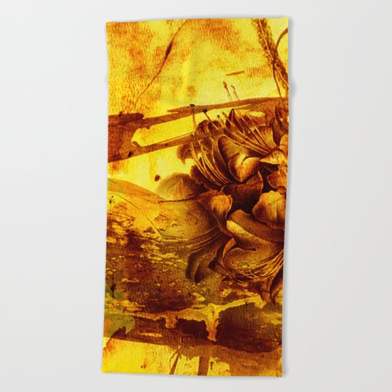 golden flower Beach Towel