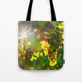 Wine Grapes in the Sun Tote Bag
