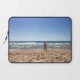 Defying waves Laptop Sleeve