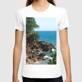 Near the lighthouse @ Rincon T-shirt