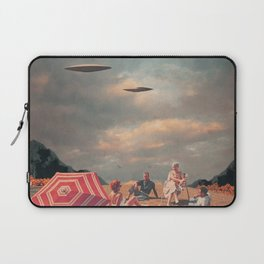 Pretend They Never Came Laptop Sleeve