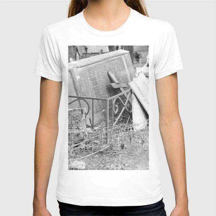 old memorial T-shirt