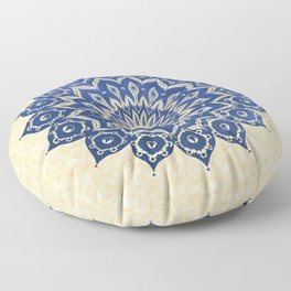ókshirahm sky mandala Floor Pillow