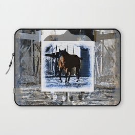 On the Move Laptop Sleeve