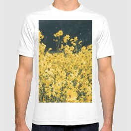 Daisies For Days T-shirt
