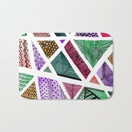 Geometric doodle pattern - multicolor Bath Mat