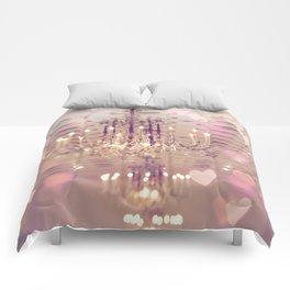 Mayflower Chandelier Comforters