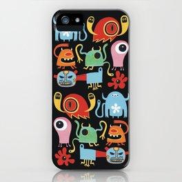 Petites créatures iPhone Case