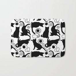 Playful Cats with Yarn Bath Mat