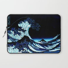 the Great Wave Blue Laptop Sleeve