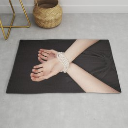 Tied with pearls Rug