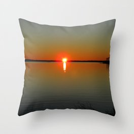 Pregnant Pause of a Downeast Evening Throw Pillow