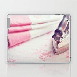 Le Vieux Fer Laptop & iPad Skin