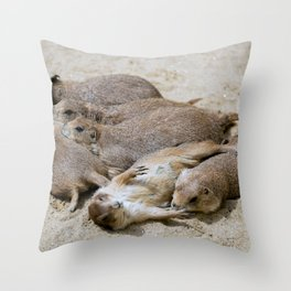 Prairie dog love Throw Pillow