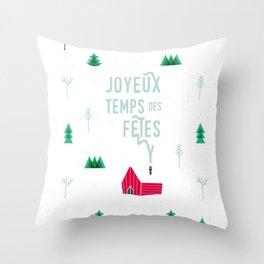 Joyeux temps des fêtes — Little shack in the woods Throw Pillow