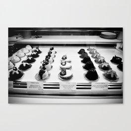Cakes make me happy Canvas Print