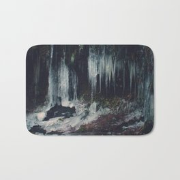 Ice Spikes Bath Mat