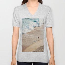 Surfer on the beach Unisex V-Neck