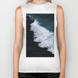 Powerful breaking wave in the Atlantic Ocean - Landscape Photography Biker Tank