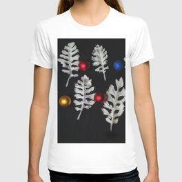 Contemporary Christmas T-shirt