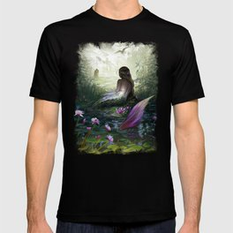 Little mermaid - Lonley siren watching kissing couple T-shirt