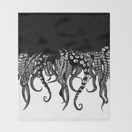 Octopuses Throw Blanket