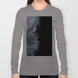 Waves on a black sand beach in iceland - minimalist Landscape Photography Long Sleeve T-shirt