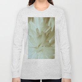 Romantic Flower Retro Vintage Look Long Sleeve T-shirt