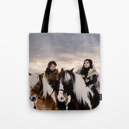 Le Voyage des soeurs Koizumi Tote Bag