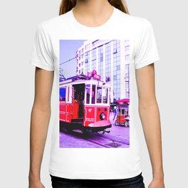 Red tram. T-shirt