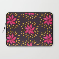 Whimsical Watercolor Floral Pattern In Pink And Purple Laptop Sleeve