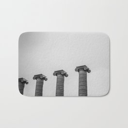 The Four Columns Bath Mat