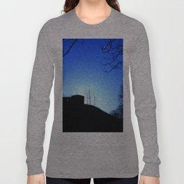 Castle Ruins under the Fading Sun Long Sleeve T-shirt