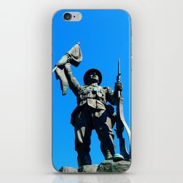 Statue Honoring Soldiers from WW1 iPhone Skin