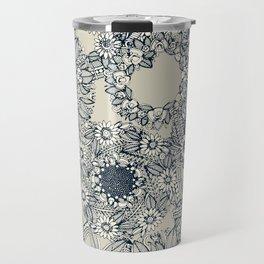 cirque fleur stone Travel Mug