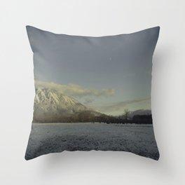 snow elk Throw Pillow