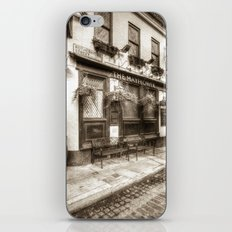 The Mayflower Pub London Vintage iPhone & iPod Skin