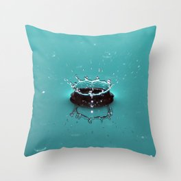 Crowning Glory. Throw Pillow