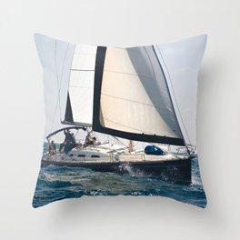 Pleasure of sailing Throw Pillow