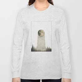 THE WANDERING MOON Long Sleeve T-shirt