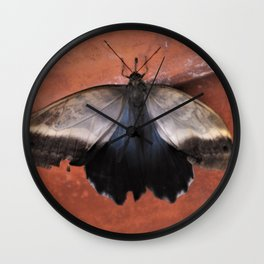 Forest Giant Owl Butterfly Wall Clock