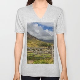 Gates to Tryfan East Snowdonia Unisex V-Neck